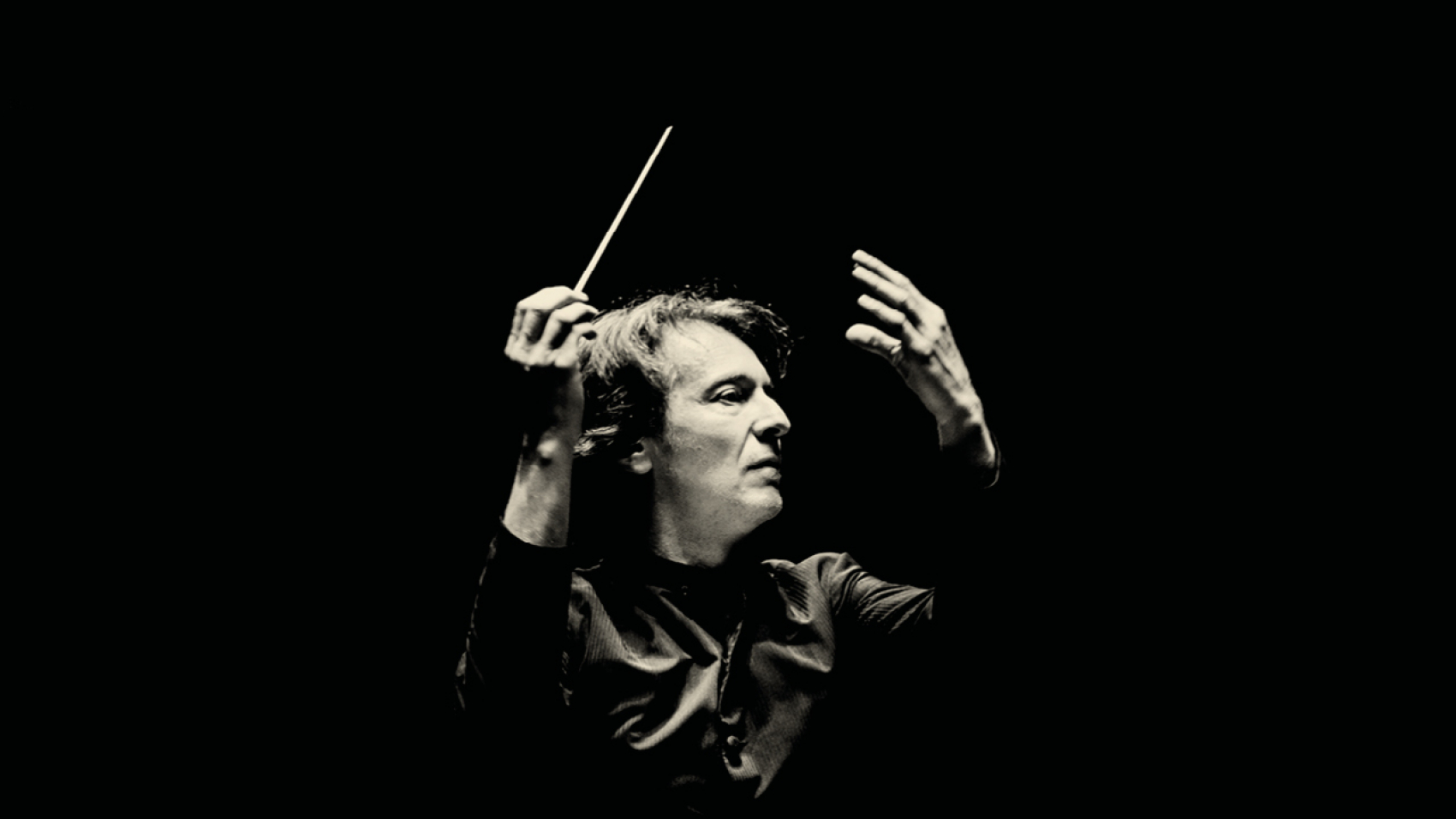 Marc Albrecht conducts Shostakovich' Symphony no. 1