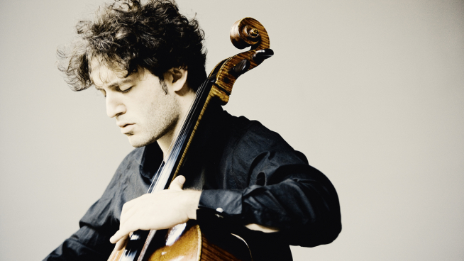 Nicolas Altstaedt plays Walton's Cello Concerto